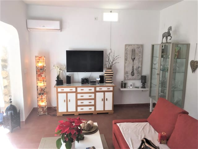 Lovely duplex Bungalow, only 50 meters from beach