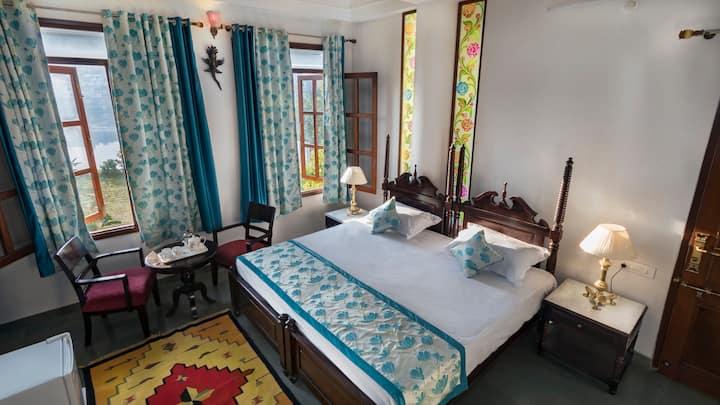 Chandralok Villa Heritage Deluxe Room