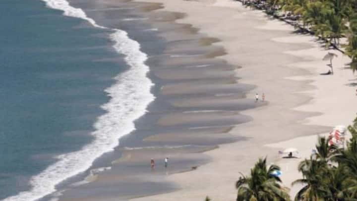 Playa La Ropa Beach   Villa Del Sol  #5-B