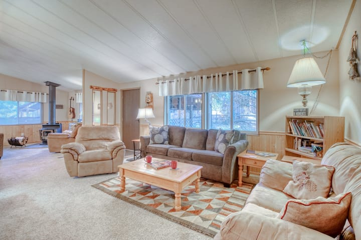 Cozy, dog-friendly, riverfront home w/ private hot tub, private beach, & firepit