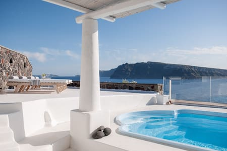 Ode Sunset view 3 bedroom Villa - Thira