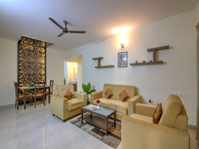 2BHK Luxury Apartment with/Kitchen/Wi-Fi