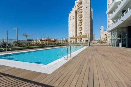 Three Bedroom Residential Apartment Ocean View - Huoneisto