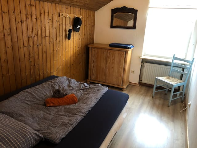 cozy apartment near to hbf and university