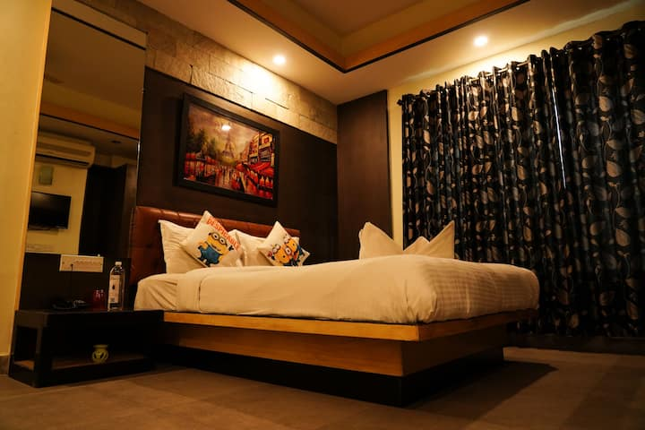 Cozy, Charming & Hygenic Rooms with all amenities