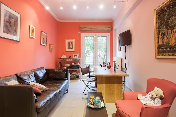 Cozy apt, spacious sunny garden - Argiroupoli - Appartement