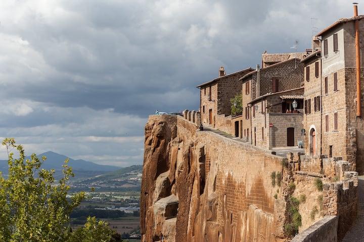 True Etruscan Experience in Orvieto