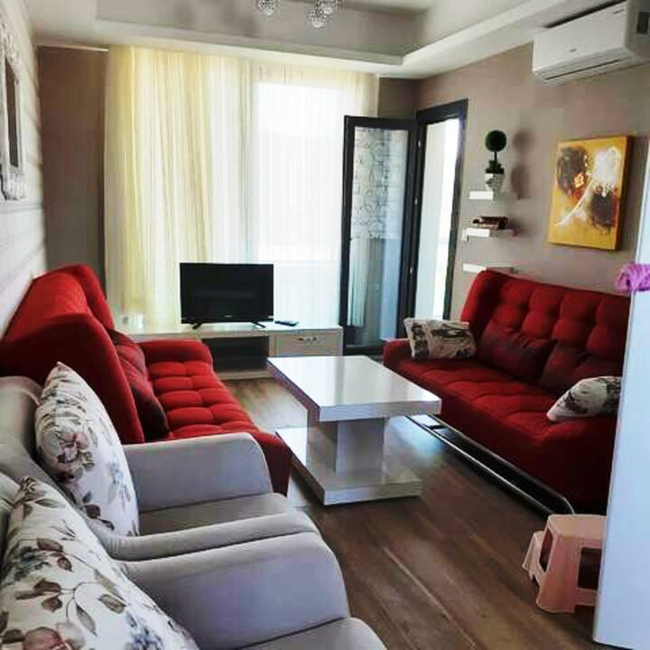 Bodrum-Güvercinlik / Möbilierte Wohnung