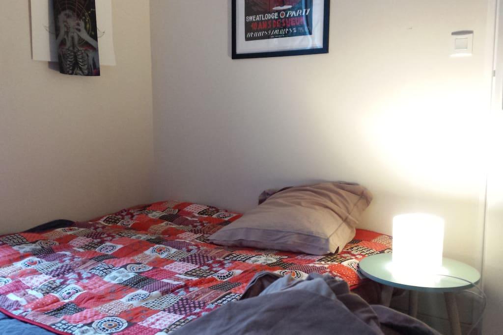 lit supplémentaires dans le salon
