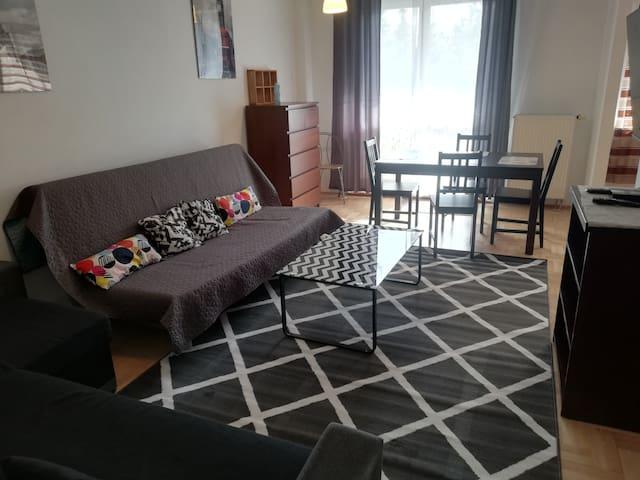 Wankowicza Green Kabaty Apartment 4 (refresh)