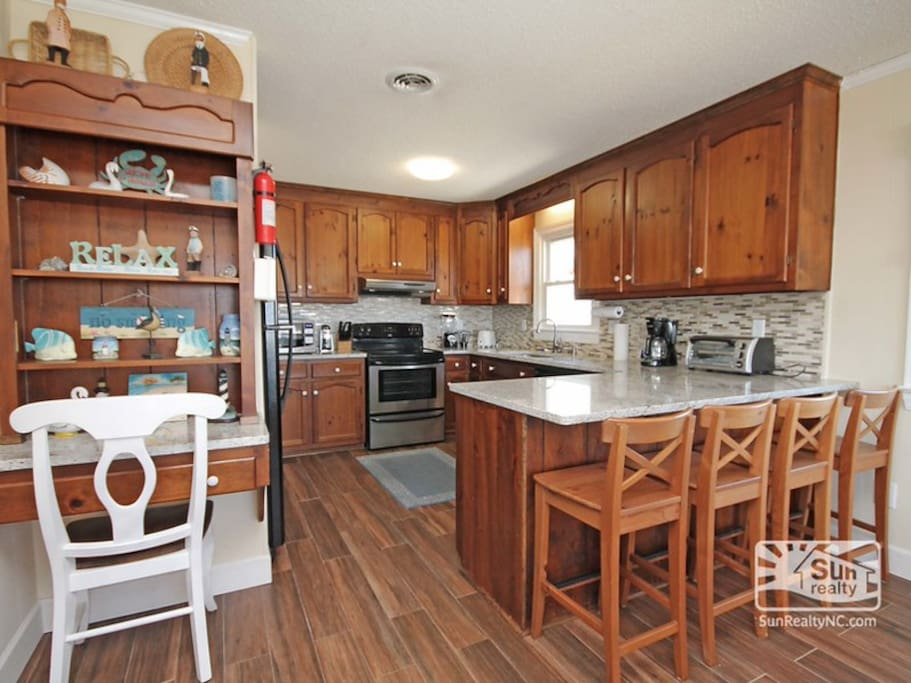 Kitchen - Fully equipped, open to dinning and living rooms