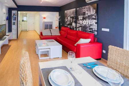 STUNNING-CENTER-LEVANTE-WIFI-A/C-CABLE TV-NETFLIX
