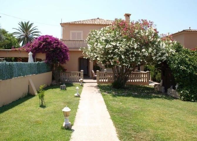 Family House with Pool near Playa de Palma