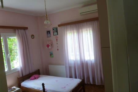 ΚΑΤΟΙΚΙΑ ΔΙΠΛΑ ΣΤΗ ΘΑΛΑΣΣΑ - Paloukia - Apartment