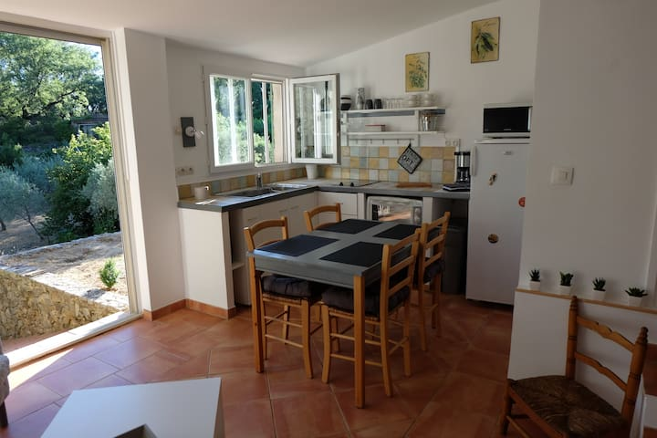 Nice studio apartment in Barjols (Var)