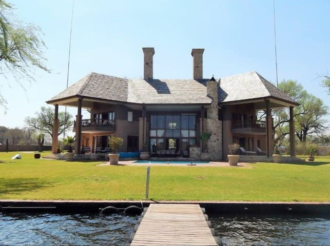Vaal get away on Millionaires bend.