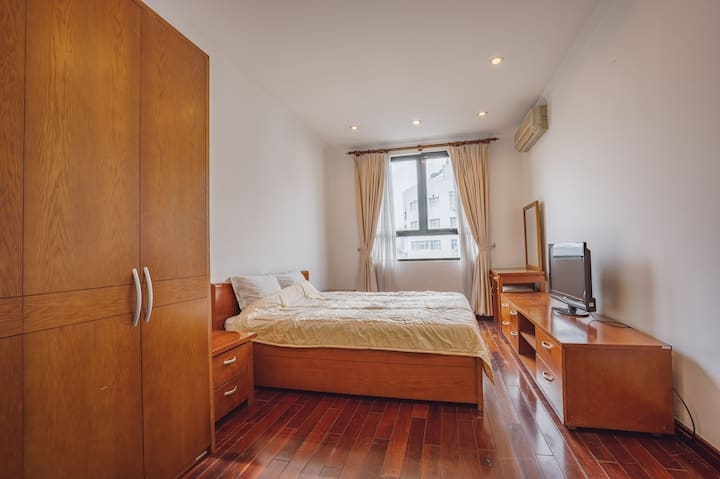 OUTDOOR POOL/PRIVATE BEDROOM AT THUY KHUE STREET