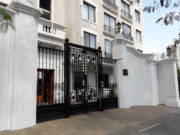 """""""Cómodo departamento en Santiago de Chile"""""""