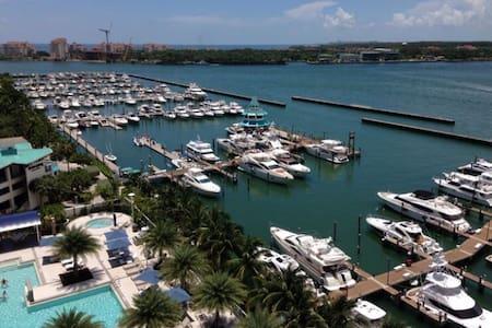South Point Oceanfront Luxury - Miami Beach - Leilighet