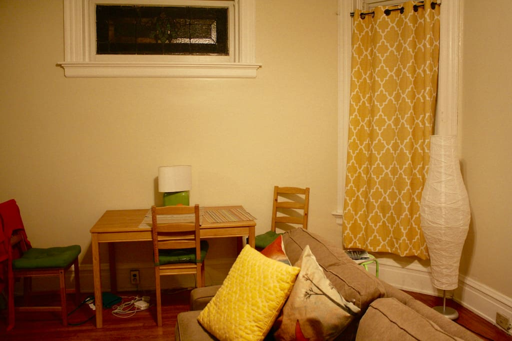 Spacious 1 bed apt in clifton gaslight district 2 bedroom apartments clifton cincinnati
