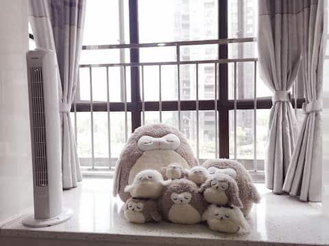 [乌托邦之家]吉州区锦绣香江小区,距步行街10分钟车程、火车站15分钟车程(可月租)