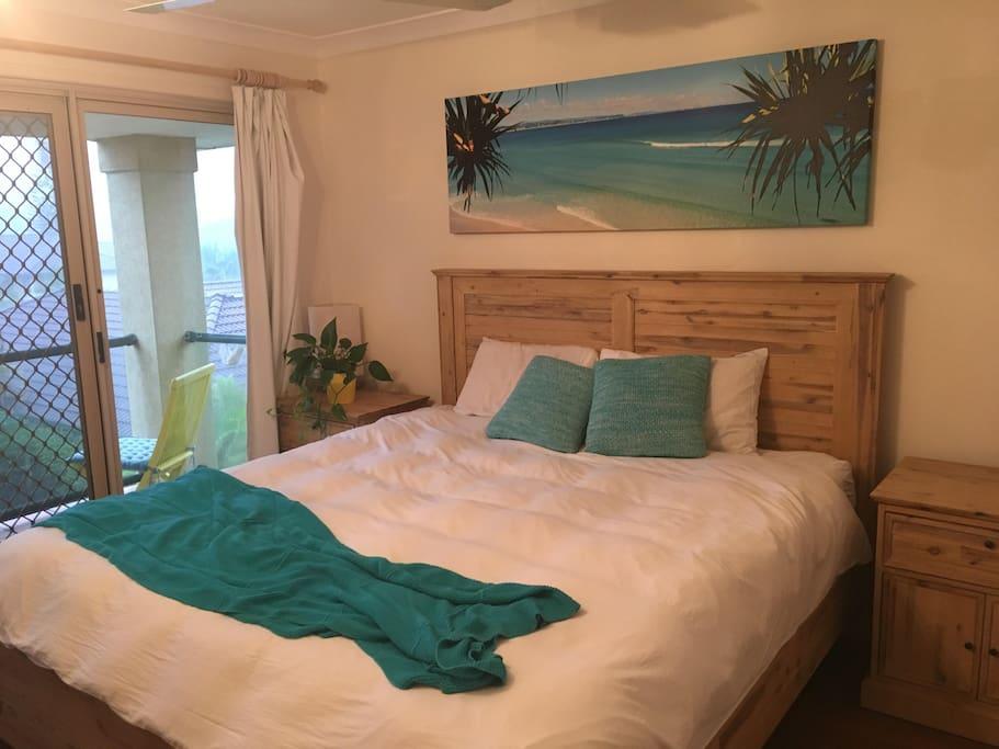 King Bed in Main Bedroom