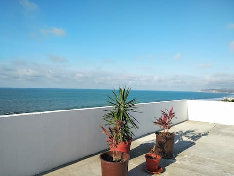 Fabuloso Apartamento nuevo frente al mar  Atacames