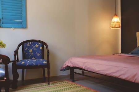 Vilabasi Mekong guesthouse - room 2