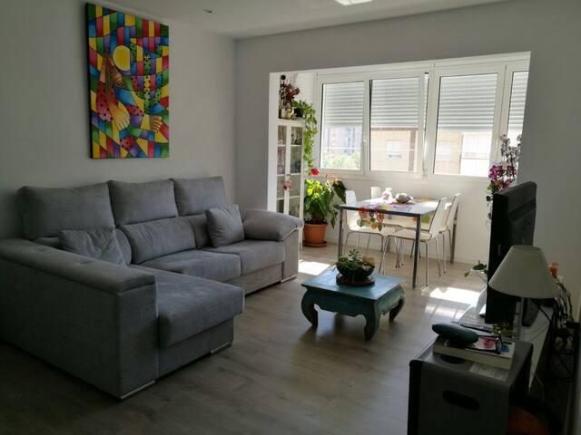 Habitación Doble privada cerca de la playa - Barcelona - Apto. en complejo residencial