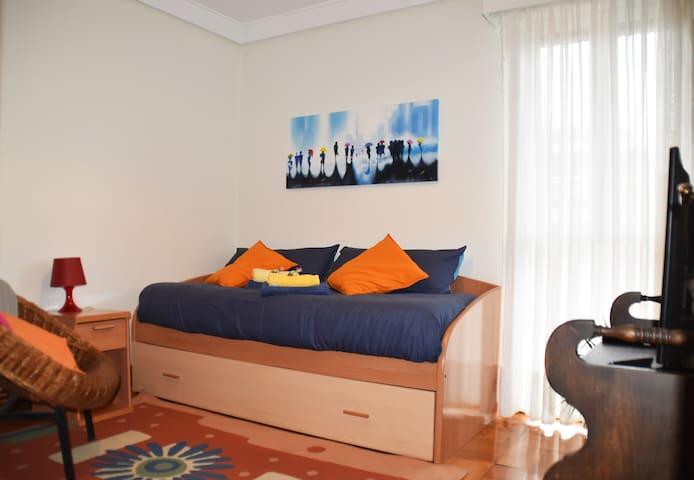 Habitación con opción de dos camas.