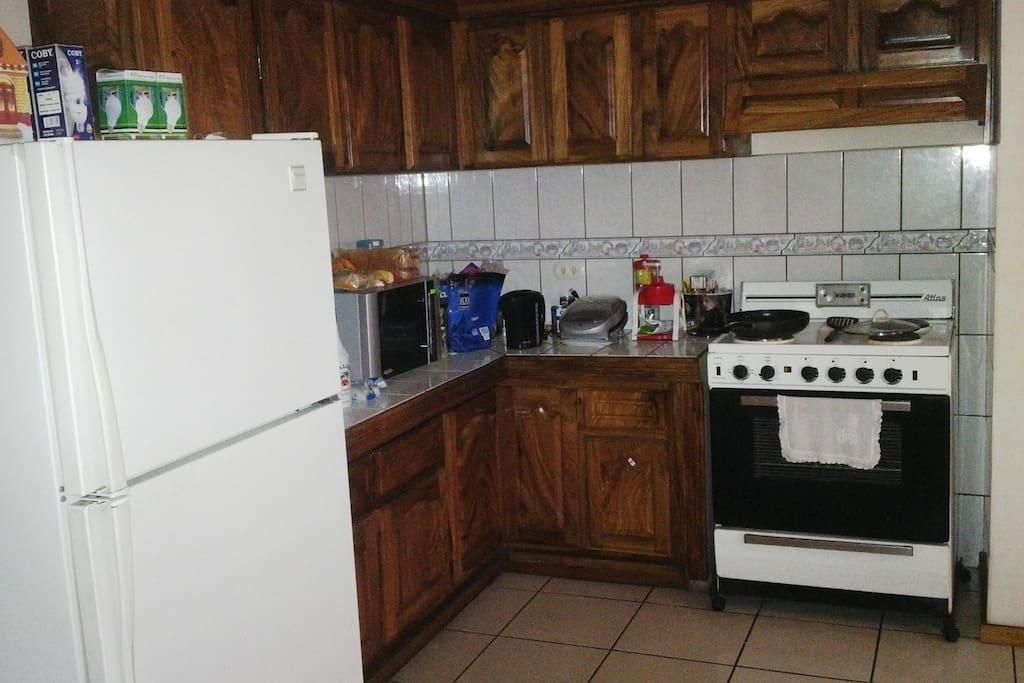 Cocina, Horno Microhondas, Regrigeradora