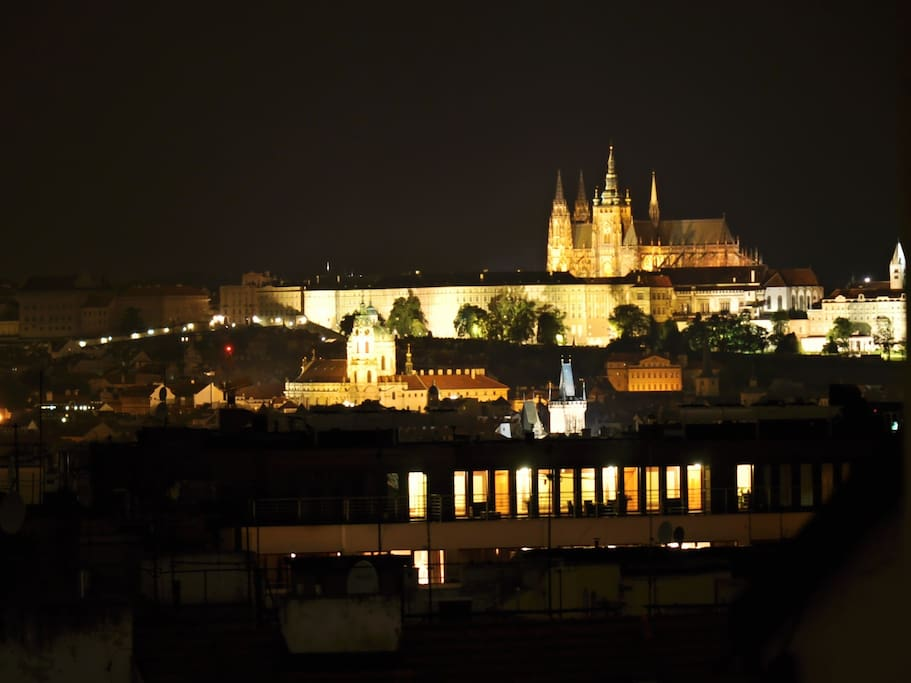 Amazing view, Prague Castle (zoomed in)