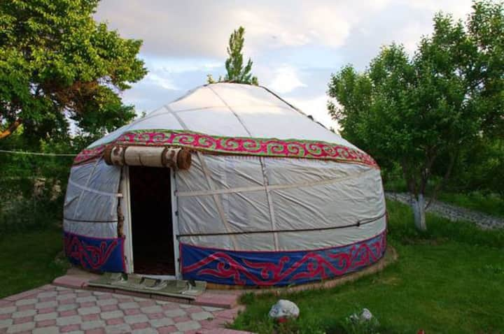 Guesthouse Kishimjan