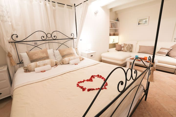 Luxury Suite close to Bardolino Lazise Verona