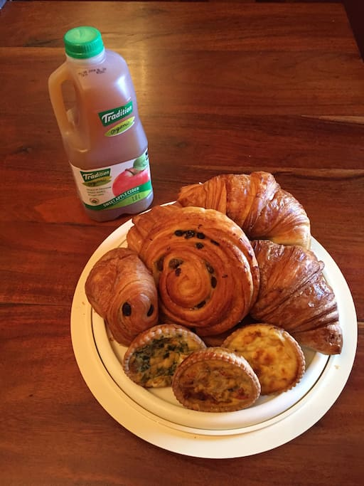 Example of morning pastries for 8.
