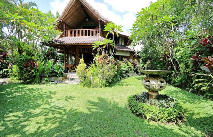 Villa Bamboo in Bali Firefly BnB