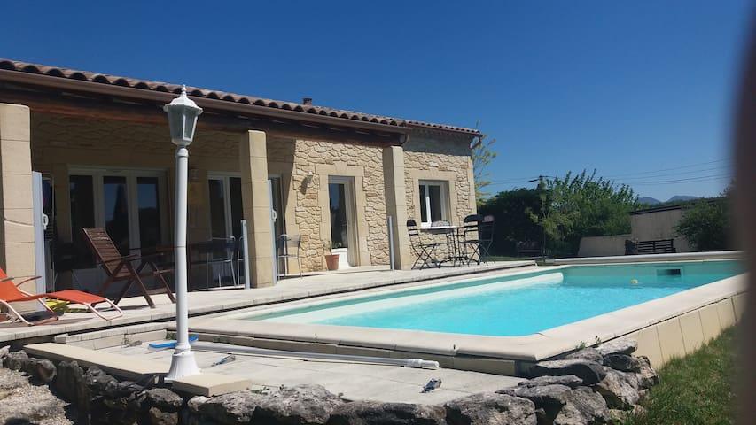 Villa provençale Grignan 10 personnes - Grignan - Talo
