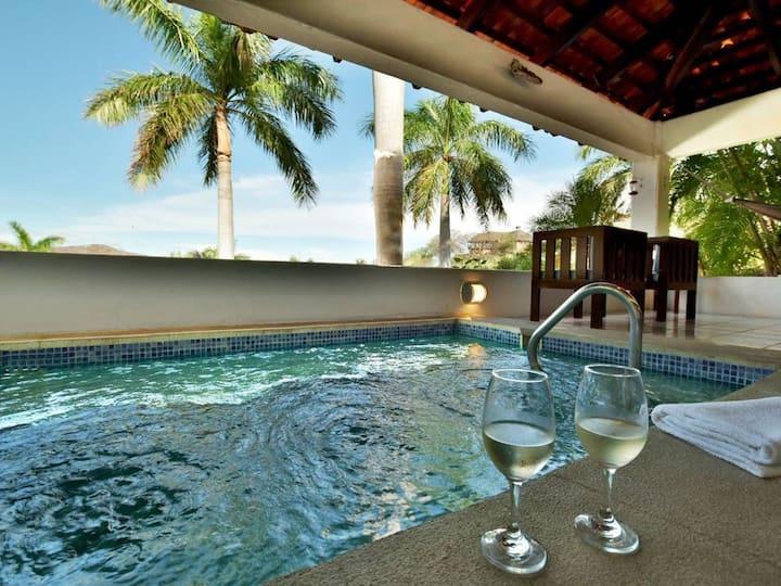 Experience Costa Rica at this stunning villa.