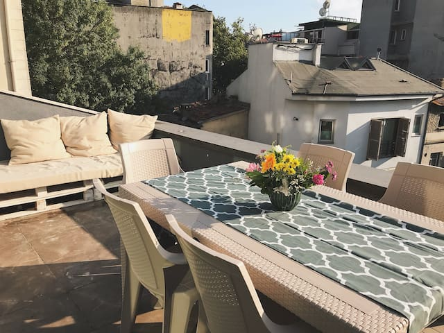Rooftop studio with private terrace at Taksim