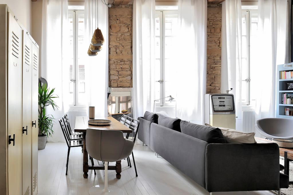Typical and design appartement apartments for rent in for Appartement design lyon