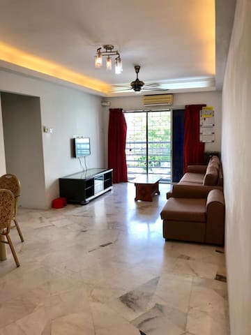 Affordable & Simple Stay In Puchong