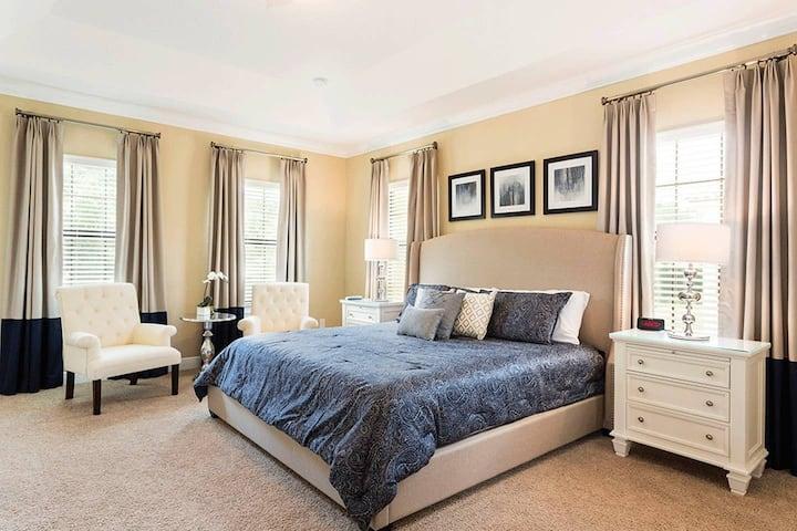 Luxury 5-bedroom - all suites at Reunion Resort