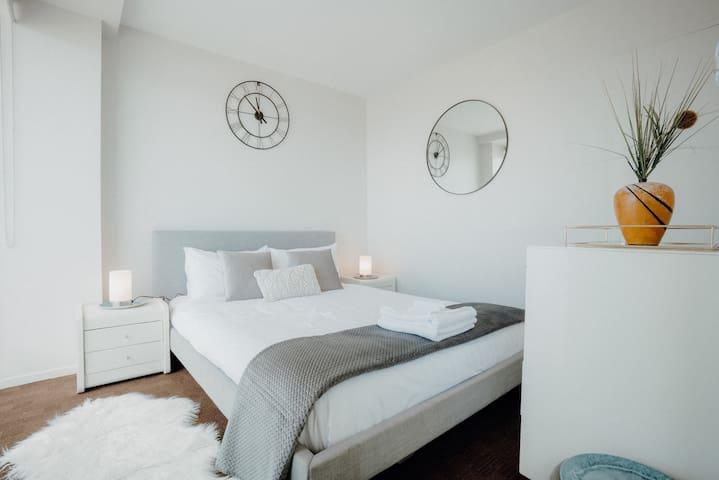 💫 Spectacular views ✨2 bedroom at the Quadrant hotel - Sauna &