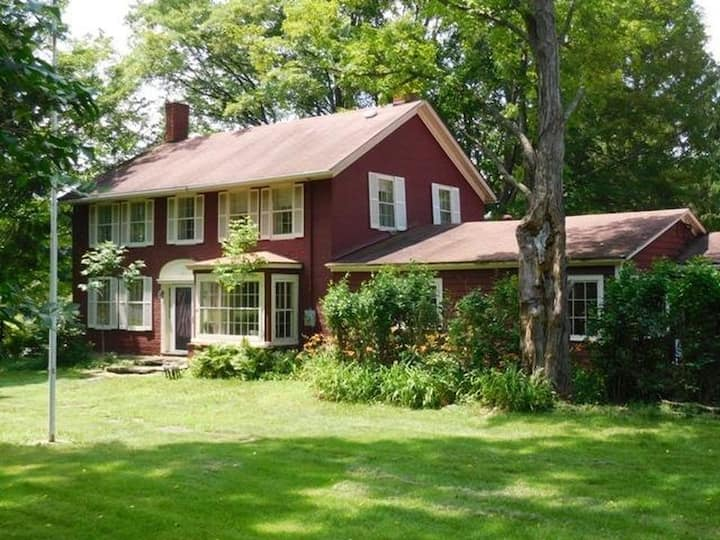 Red Cottage Farm House 15 Acres Catskills
