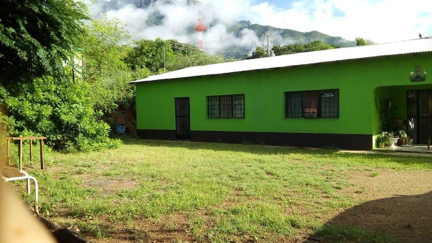 Camping en Urique Ultramaratón Caballo blanco
