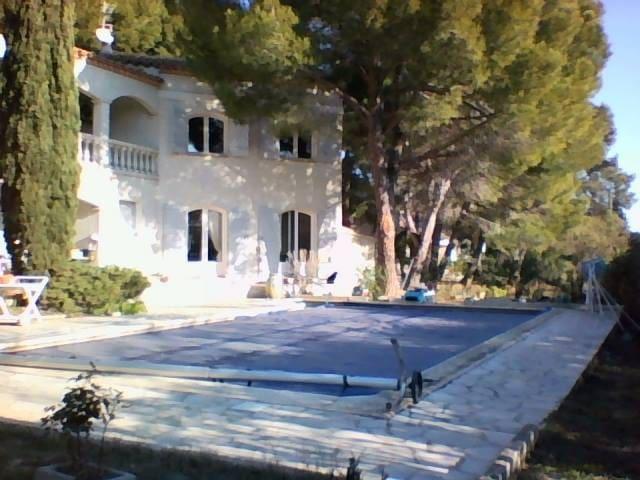 maison avec piscine a 15 mn des plages - Narbonne - House