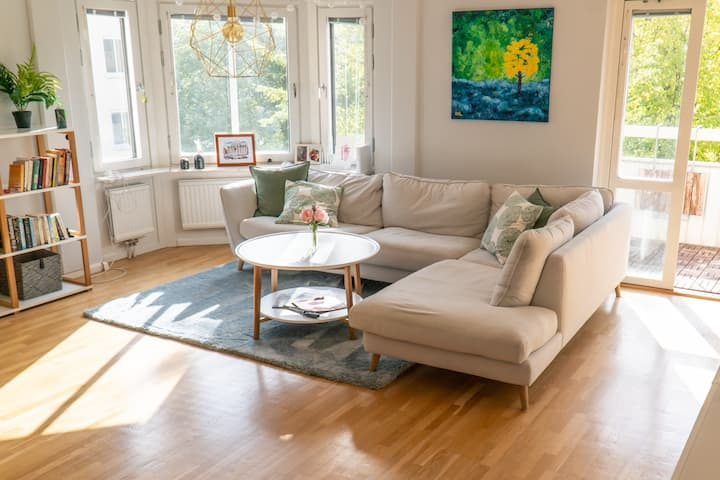 Bright, Spacious Apartment in Sundbyberg