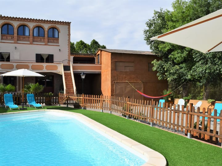 Costabravapartment Ca L'Esclop, Vilaür. 18kms to the Costa Brava beaches, pool