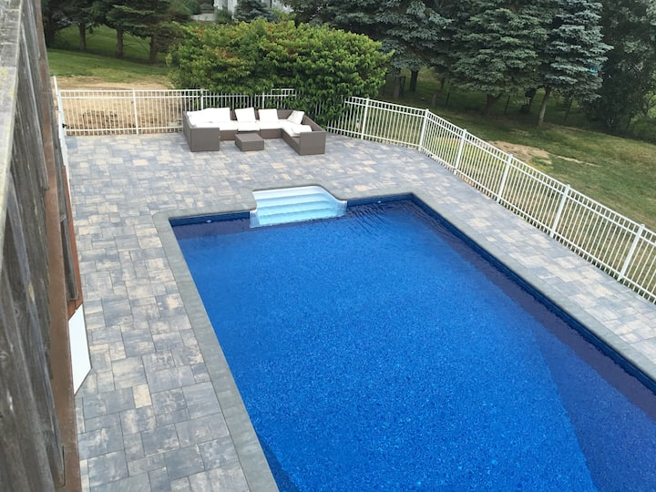 5 bedroom house heated pool for rent great view