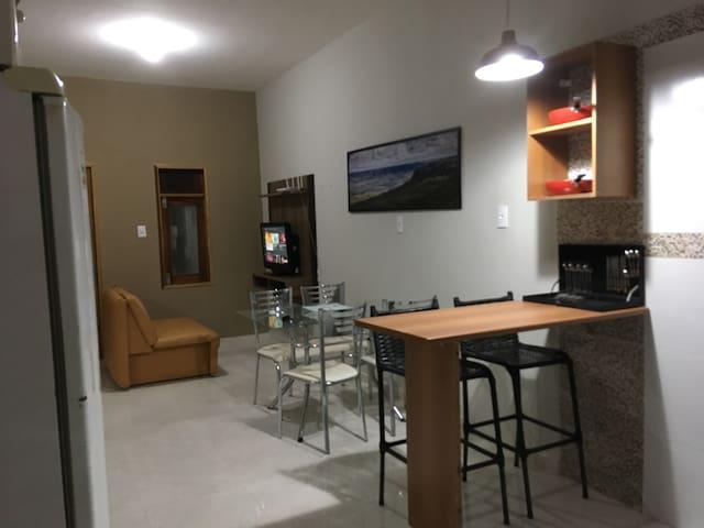 Casa no Crato, Internet WiFi  100 MB, TV, Garagem